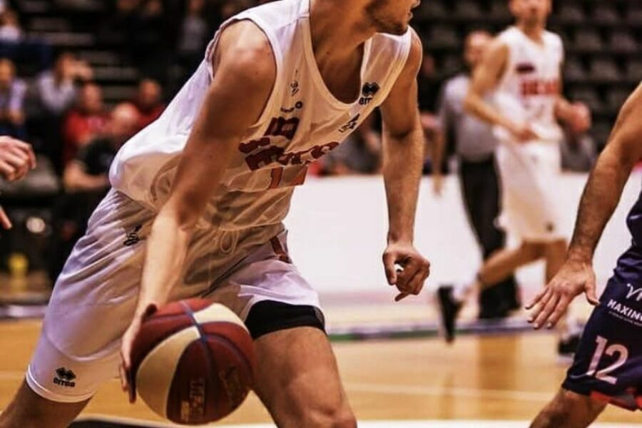 Assisting Spirou Basket in signing Tim Lambrecht